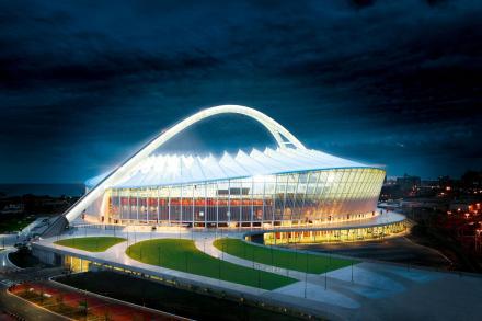 Mit LED lassen sich grosse Objekte wie Sportstadien optimal beleuchten.