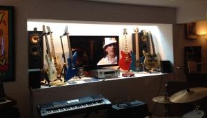 Nebst allen Konzertaufnahmen hat Claude Nobs auch Instrumente gesammelt.