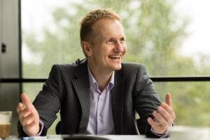 HSG-Professor und Markenexperte Sven Reinecke